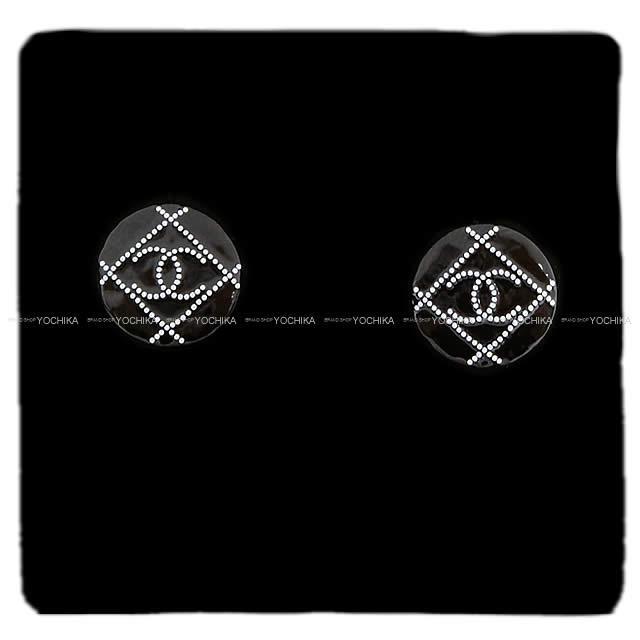 764ec6c39c66 CHANEL シャネル マトラッセ ドット ココマーク サークル ピアス 黒(ブラック)X白(ホワイト) ゴールド金具 AB1068 新品